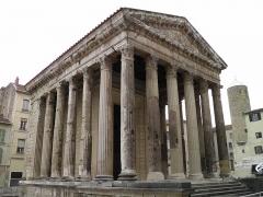 Temple d'Auguste et de Livie - English: Temple of Augustus and Livia, Vienne, Isère, France.