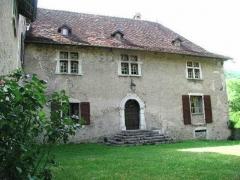 Château -  cour du chateau de Voissant