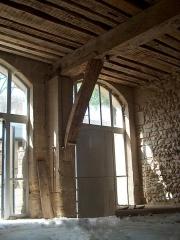 Château de l'Arthaudière -  Château de l'Arthaudière à St Bonnet de Chavagne (Isère) Intérieur de la remise des charettes  Photo prise par Daniel Etienne