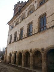 Château de l'Arthaudière -  Château de l'Arthaudière à St Bonnet de Chavagne (Isère) La galerie Renaissance  Photo prise par Daniel Etienne