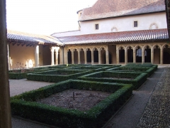 Abbaye de Charlieu - English: This picture shows Saint-Fortunat abbey.