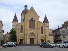 Eglise Saint-Philibert - Français:   Charlieu (Loire, Fr) église paroissiale St.Philibert