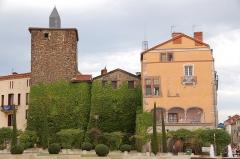 Château - Deutsch: Gebäude an der Place Saint-Etienne in Roanne