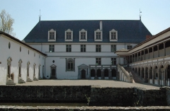 Château de la Bastie-d'Urfé - Français:   Château de la Bastie d\'Urfé, Saint-Etienne-le-Molard, France
