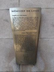 Ancien Collège de la Trinité, actuellement lycée Ampère - Français:   Plaque Mémoire de Lyon.