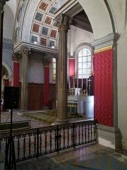 Eglise Saint-Just - Français:   Chœur de profil.
