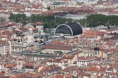 Eglise Saint-Pierre-des-Terreaux - Français:   Photo prise depuis les toits de la Basilique Notre-Dame de Fourvière - Opéra de Lyon, Palais Saint-Pierre et Hôtel de ville de Lyon.