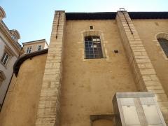 Eglise Saint-Pierre-des-Terreaux - Français:   Église Saint-Pierre-des-Terreaux, mur nord et chevet.