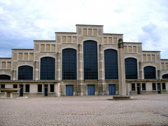 Ancien marché aux bestiaux des abattoirs de la Mouche, actuellement salle des fêtes et salle de concert dite halle Tony Garnier - Français:   La halle Tony Garnier a été construite au début du 20ème Siècle. Elle est actuellement utilisée pour les grands concerts. C\'est la plus grande surface couverte sans pilier du monde.