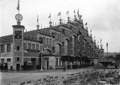 Ancien marché aux bestiaux des abattoirs de la Mouche, actuellement salle des fêtes et salle de concert dite halle Tony Garnier -
