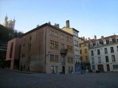 Immeubles -  ... com a Basilica de Notre Dame de Fourvière ao fundo