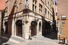 Maison - English: Street of la Fronde in historic Lyon (France)