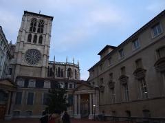 Palais archiépiscopal - English: Cathedral St-Jean, Lyon, FRANCE