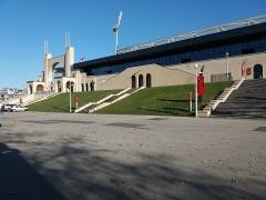 Stade municipal dit stade Gerland - Français:   Entrées principales, côté nord.