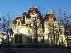 Maison dite Villa des Frères Lumière, actuellement Fondation nationale de la photographie -  La maison des frères Lumière, construite à la fin du XIXème siècle au coeur du quartier de Monplaisir à Lyon.