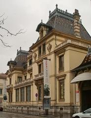 Maison dite Villa des Frères Lumière, actuellement Fondation nationale de la photographie - English: The house of Claude Antoine Lumiére, father of the Lumière brothers, now home of the Lumière Institute museum, in Lyon, France.