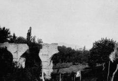 Aqueduc gallo-romain du Gier dit aussi du Mont Pilat (également sur communes de Brignais, Chaponost, Lyon, Sainte-Foy-lès Lyon, Soucieu-en-Jarrest) - Français:   Dictionnaire illustré des communes du département du Rhône. Tome 2 / par MM. E. de Rolland et D. Clouzet.