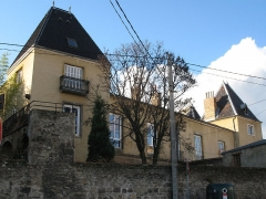 Château de la Tour - Français:   Château de La Tour à Saint-Genis-Laval dans le Rhône.