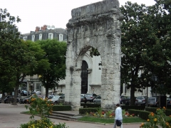 Arc de Campanus -  Porta Pretoria