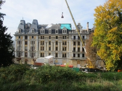 Hôtel Bernascon - English: The former « Hôtel Bernascon », now converted as apartments, at Aix-les-Bains on October 26, 2015, some months after the fire which damaged it during the night of August 18, 2015.