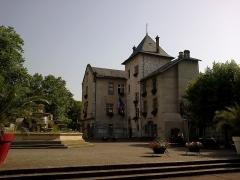 Hôtel de ville (ancien château des Marquis d'Aix) -  Aix-Les-Bains Hotel De Ville 02072015