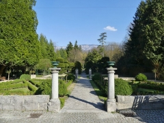 Ancien prieuré - English: Sight of the garden of the ancient priory of Le Bourget-du-Lac, in Savoie, France.