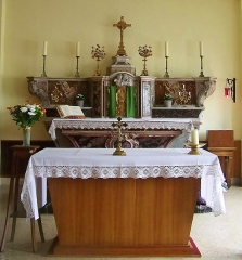 Hôtel-Dieu - English: Sight of the altar situated in the Hôtel-Dieu chapel (hospital center) of Chambéry, in Savoie, France.