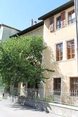 Maison Lambert - Français:   Façade de la maison Lambert (XVIe siècle), côté du canal du Thiou