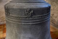 Eglise - Français:   Suite de l\'inscription: «JE SUIS DESTINEE POUR LE SERVICE DE LA COMMUNE D\'ANNECY LE VIEUX»