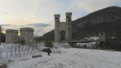 Pont suspendu de la Caille (également sur commune d'Allonzier-la-Caille) - Deutsch: Pont de la Caille, auch Pont Charles-Albert. Aufgenommen zwischen Cruseilles und Allonzier-la-Caille, Savoie, Frankreich.