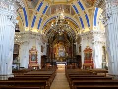Eglise Saint-Nicolas-de-Véroce - Vue intérieure de l'église Saint-Nicolas-de-Véroce située à Saint-Gervais-les-Bains, Haute-Savoie, France.
