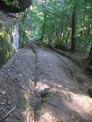 Site du Mont-Saint-Michel - English: Mont St. Michel, Alsace/France: Ancient Roman road