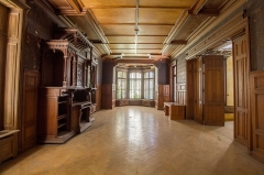 Ancien château Burrus - English: On the ground floor of the manor house