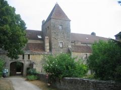 Château de Gevrey -  Château de Gevrey-Chambertin, Gevrey-Chambertin, Côte-d'Or, Bourgogne, France.