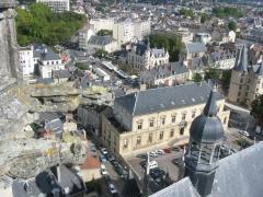 Hôtel de ville - Français:   Une vue de Nevers (photo prise depuis le sommet de la Cathédrale de Nevers)