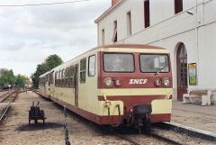 Ligne à voie ferrée métrique le Blanc-Argent (ou B.A.) sur le tronçon Luçay-le-Malé-Argy - Français:   Les autorails Verney X213 et X 211 en gare de Romorantin le 14 octobre 1989.