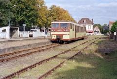 Ligne à voie ferrée métrique le Blanc-Argent (ou B.A.) sur le tronçon Luçay-le-Malé-Argy - Français:   L\'autorail X 213 stationne à l\'ancien terminus de Salbris BA le 14 octobre 1989.