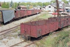 Ligne à voie ferrée métrique le Blanc-Argent (ou B.A.) sur le tronçon Luçay-le-Malé-Argy - Wagons garés en gare de Valençay le 14 ocotbre 1989.