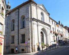 Ancien couvent des Ursulines, actuel Hôtel de Ville et tribunal - English: Arbois, Jura, France