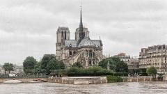 Mémorial des martyrs de la Déportation - English: Flood of Paris in 2016.