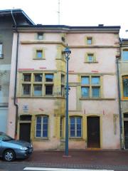 Immeuble - Français:   Rambervillers maison