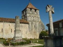 Eglise Saint-Jean-Baptiste - English: church of Grassac, Charente, SW France