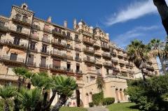 Parc Vallembrosa et ancien hôtel du Parc - Français:   Château Vallombrosa, devenu l\'hôtel du Parc puis aujourd\'hui transformé en appartements, à Cannes (Alpes-Maritimes)