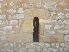 Chapelle Saint-Estève - English: Rians Chapel Saint Esteve - Outside view detail South window