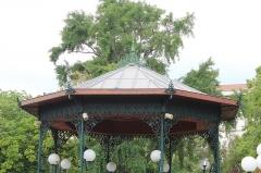 Hôpital Chalucet et jardin public Alexandre Ier - Français:   Kiosque du Jardin Alexandre Ier, Toulon.