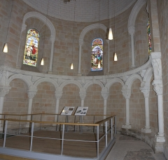 Ancienne abbaye Saint-Jean - English:  The apse sawn from the right side of the hight-altar.
