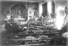 Eglise paroissiale Saint-Pierre - Crise des inventaires en 1906. Intérieur de l'église.