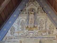 Eglise Sainte-Marie-Madeleine - Español: Fachada de la iglesia de Renne le Chateau en la que se anuncia que el lugar es terrible.