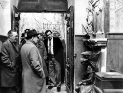 Eglise Sainte-Marie-Madeleine - English: Visite of Socialist François Mitterrand to Rennes-le-Château during the 1981 French Presidential campaign.