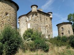 Château de Mercuret - Français:   Retournac, dép. de la Haute-Loire, France (Auvergne). Castel de Mercuret, dans le sud de la commune.
